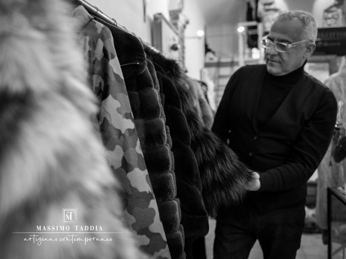 MASSIMO-TADDIA__artigiano-contemporaneo___show-room-pellicce-a-torino__fur-exhibit__one_